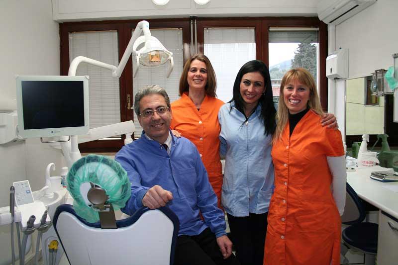 foto staff studio dentistico